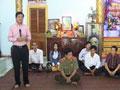 Đồng chí Sơn Song Sơn thăm viếng, tặng quà cho sư sãi chùa Hạnh Phúc Tăng và chùa Gia Kiết