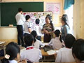 Đoàn cán bộ quản lý giáo dục tỉnh Đồng Nai tham quan trường THCS Nguyễn Trường Tộ