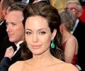 Người Mỹ gốc Phi phản đối Angelina Jolie đóng vai Cleopatra